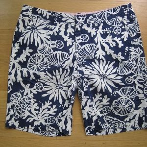 Lilly Pulitzer Blue White Avenue Short Size 4